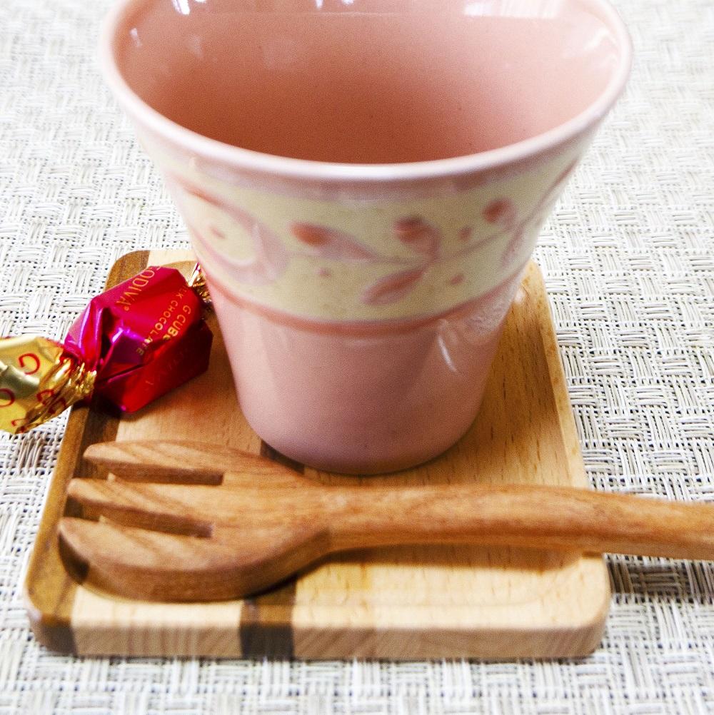 ハチミツもすくえるプックリフォーク mokurieito製